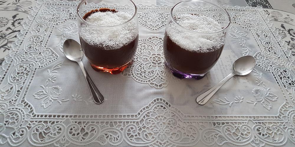 Mousse de chocolat au mascarpone et coco