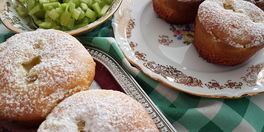 Muffins à la rhubarbe extra moelleux