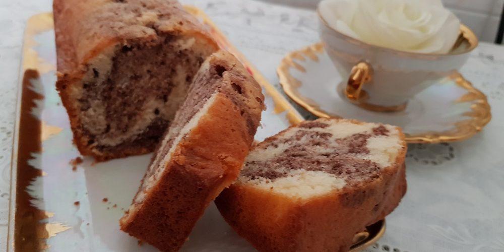 Gâteau marbré au cacao