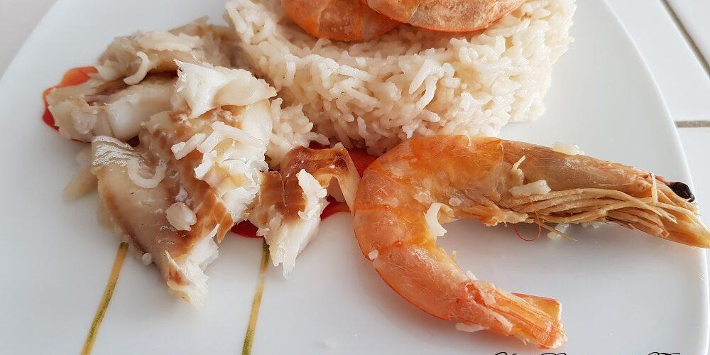 Filet de merlan, crevettes et riz au cookeo
